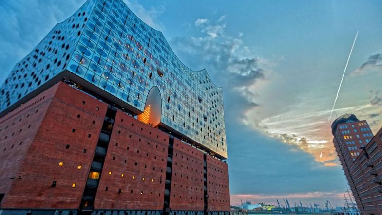 Wir besuchen Hamburg